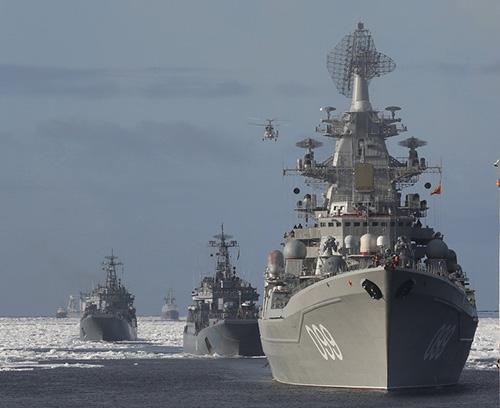 Корабли Северного флота ушли в очередной дальний арктический поход